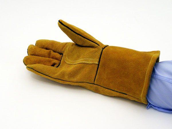 Gold category 2 welders gloves